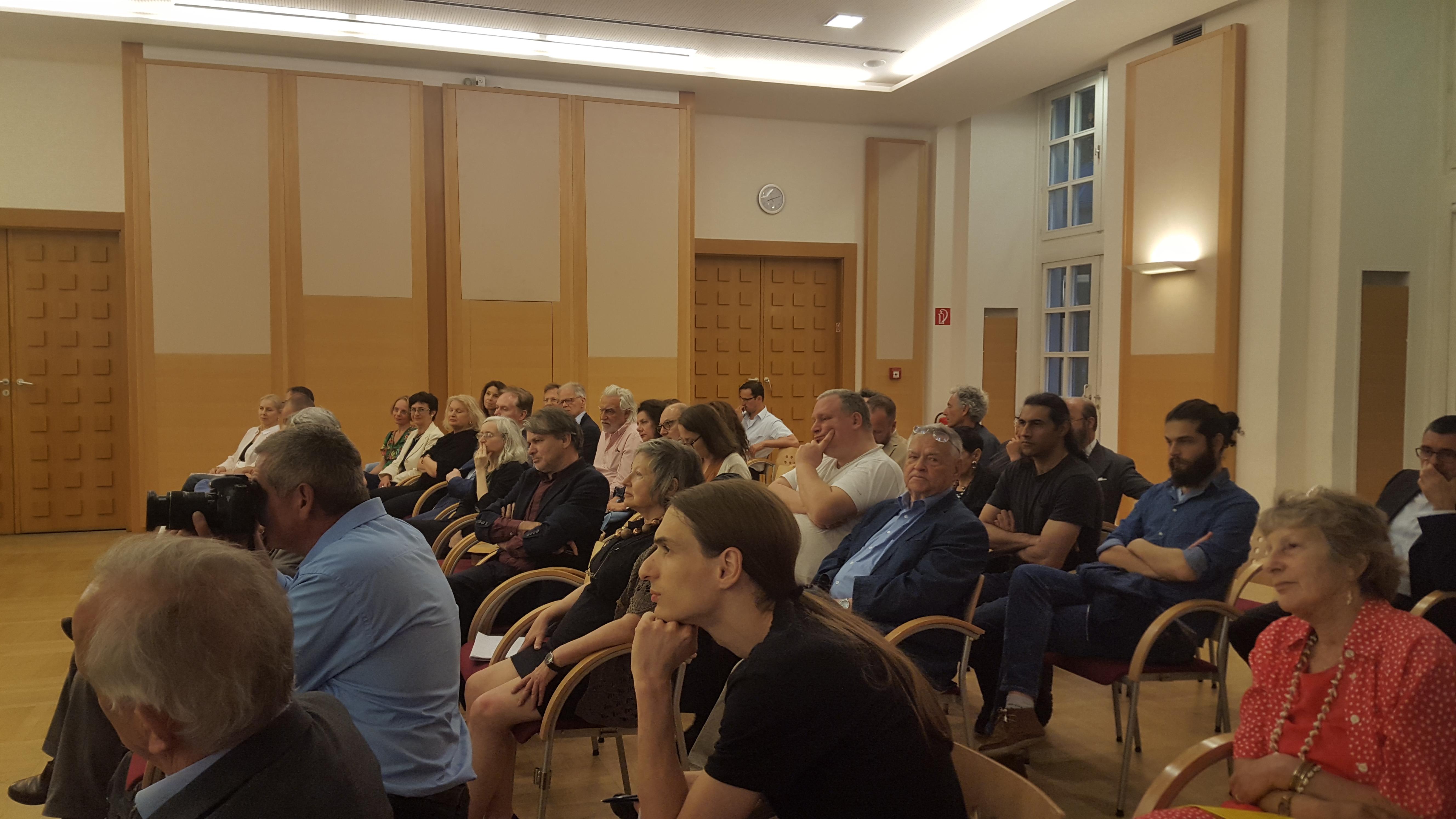 20170606 NIF Wiener Diplomatenakademie Fotos Elena Mitzeva 8.jpg Publikum
