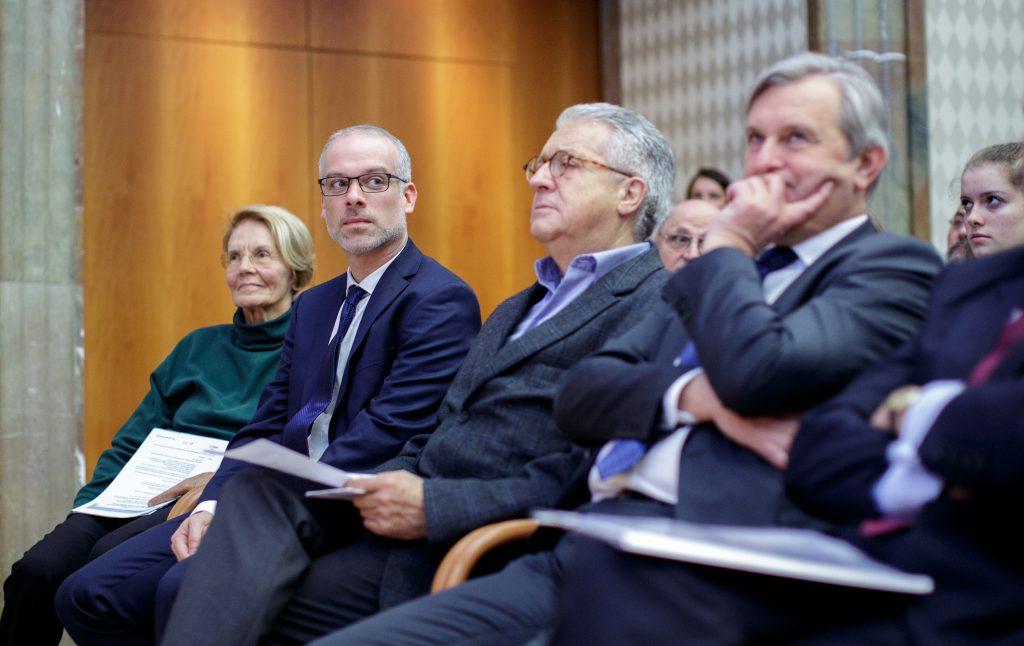 Jan Arpe, Senior Project Manager, Europäisches Bureau Wien, ehemliger österreichischer Wirtschaftsminister Johann Farnleitner, Executive Director der Österreichischen Nationalbank Peter Mooslechner
